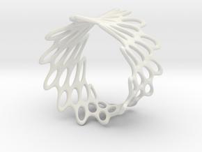 Net Bracelet in White Strong & Flexible