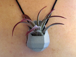 Low-Poly Planter Necklace Pendant in Metallic Plastic