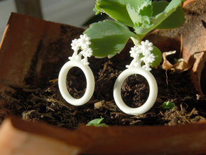 Daisy Ring D18 in White Processed Versatile Plastic