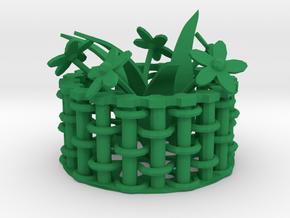 Weaving basket in Green Processed Versatile Plastic