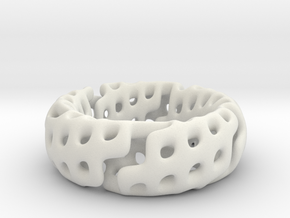Zig-Zag Torus Knot (17.7mm diameter, ~US size 7.5) in White Natural Versatile Plastic