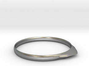 Edge Ring US Size 8 5/8 UK Size R in Natural Silver