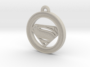 Clasic Superman Circle-pendant in Natural Sandstone