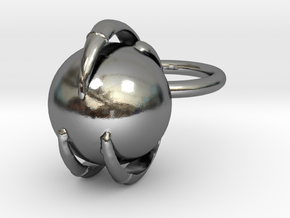 Claw Keychain in Polished Silver