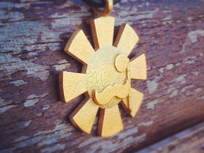 'Here Comes The Sun' Pendant in Metal in Matte Gold Steel