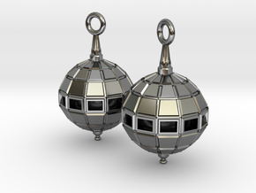 Globe Earrings in Fine Detail Polished Silver