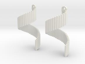 Pipe twist in White Natural Versatile Plastic