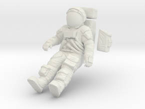 1:16 Apollo Astronaut /LRV(Lunar Roving Vehicle) in White Natural Versatile Plastic