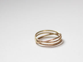"""Ring """"Three's a crowd"""" / size 7.5 in Natural Brass"""