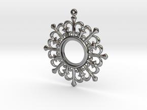 Flower shape pendant in Polished Silver