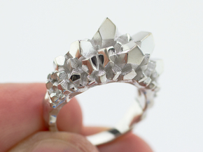 Crystal Ring Size 8 in Rhodium Plated Brass