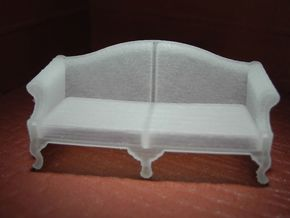 1:48 Queen Anne Sofa (Large) in Smooth Fine Detail Plastic