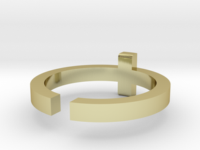 (USA) 11 Cross - Multiple Sizes in 18K Gold Plated