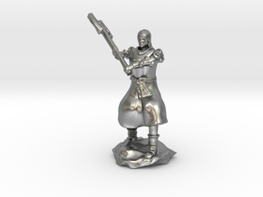 Human Fighter Noblewoman with Greataxe & Chainmail in Natural Silver