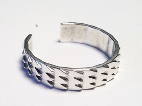 Metal Snake Skin Ring - Sz. 8 in Fine Detail Polished Silver
