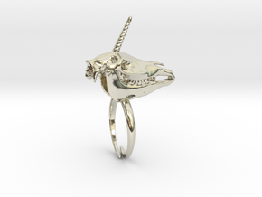 Unicorn Ring in 14k White Gold