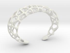 Cuff Design - Voronoi Mesh with Large Cells in White Natural Versatile Plastic