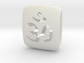 Om Link in White Natural Versatile Plastic