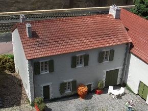 French Farmhouse ( FUD Parts ) N 1:160 in Smooth Fine Detail Plastic