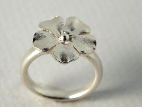 ringflower S57 3/4 (size 8) in Fine Detail Polished Silver
