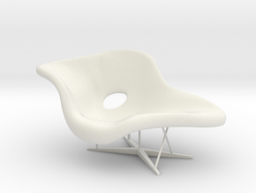 1:12 Eames La Chaise in White Natural Versatile Plastic