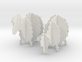 Wooden Sheep 1:24 in White Natural Versatile Plastic
