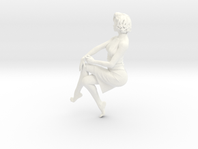 Lady sitting-026 scale 1/24 Passed in White Processed Versatile Plastic