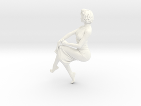 Lady sitting-024 scale 1/24 Passed in White Strong & Flexible Polished