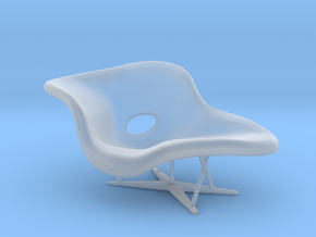 Eames La Chaise 1:48 in Smooth Fine Detail Plastic