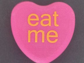 """Candy Heart """"eat me"""" - Pink/Yellow in Full Color Sandstone"""