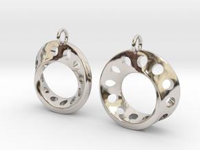 Fantasy-5-EarRings in Rhodium Plated Brass