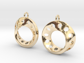 Fantasy-5-EarRings in 14k Gold Plated Brass