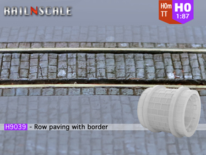 Row paving with border (H0m) in Smooth Fine Detail Plastic
