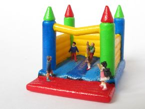 Hüpfburg / Bouncing Castle 1:160 in White Natural Versatile Plastic