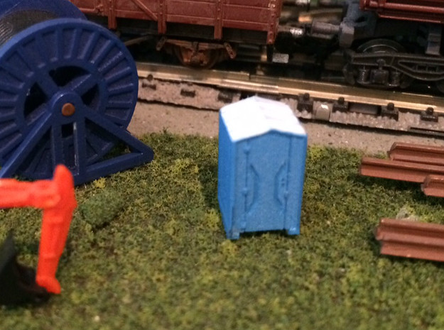 N Scale Portable Toilets 4pc