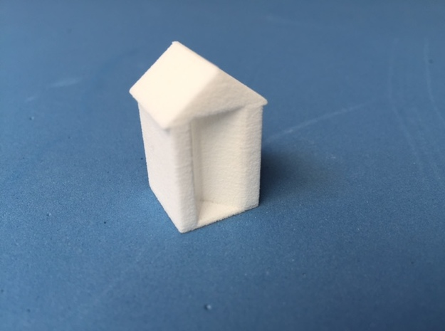 Outhouse (HO) in White Natural Versatile Plastic