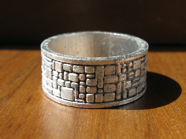 Cobble Stone Ring in Smooth Fine Detail Plastic