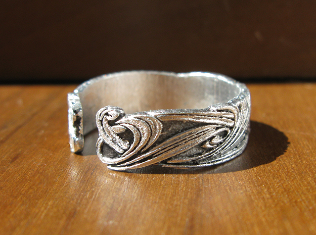 Art Nouveau Ribbons Ring in Smooth Fine Detail Plastic