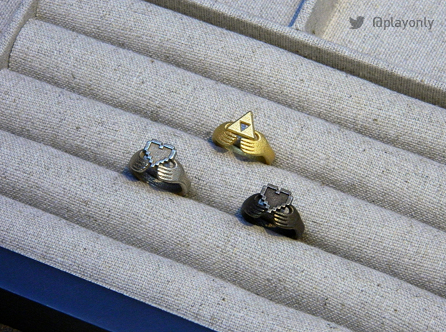 8bit Claddagh Ring  3d printed 8bit Claddagh in Steel & Bronze Glossy - Triforce Claddagh in Gold Matte