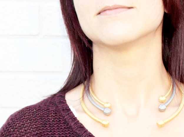 VIBES - Solid Choker Size L in Polished Gold Steel
