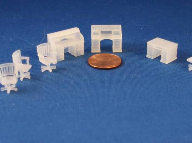 Rolltop And Chair HO Scale in Smooth Fine Detail Plastic