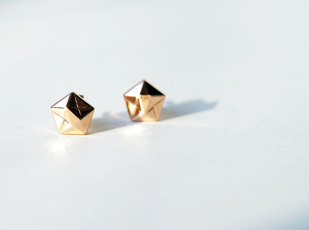 Star Earings in 14k Gold Plated Brass