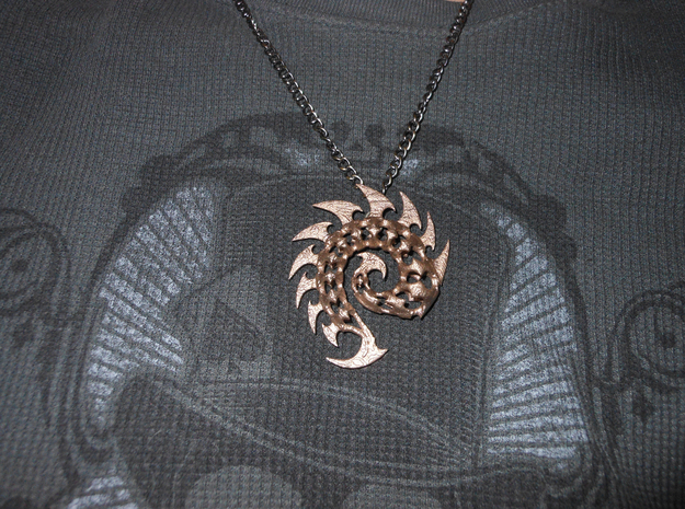 Zerg Pendant in Stainless Steel