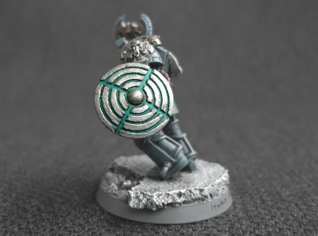 Miniature Shield 2 in Smooth Fine Detail Plastic