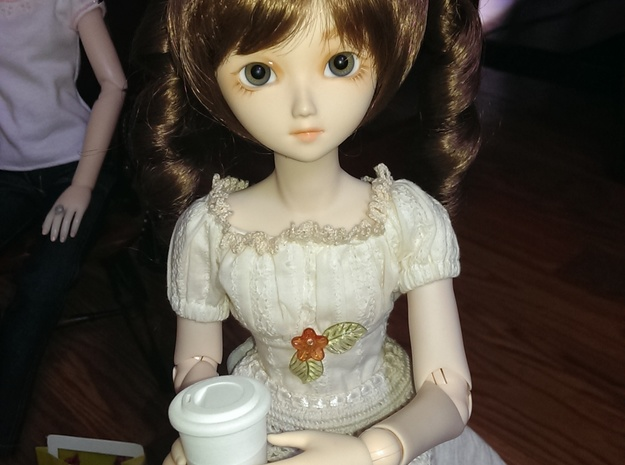 BJD Doll Coffee Cup and Lid 3d printed Shown with 40cm Parabox MSD girl
