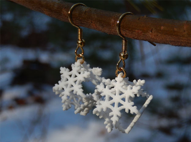 Snowflake Earrings 2 in White Natural Versatile Plastic