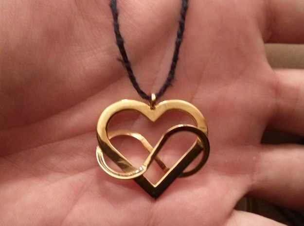Poly Heart Pendant 3d printed