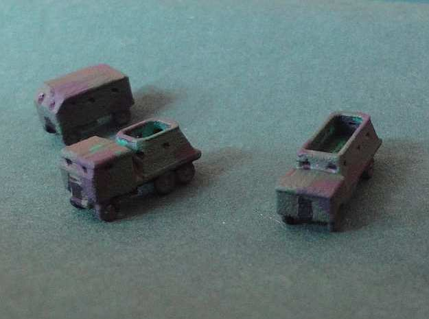 1/300 Bison Concrete-Armoured Truck x 5 in White Natural Versatile Plastic