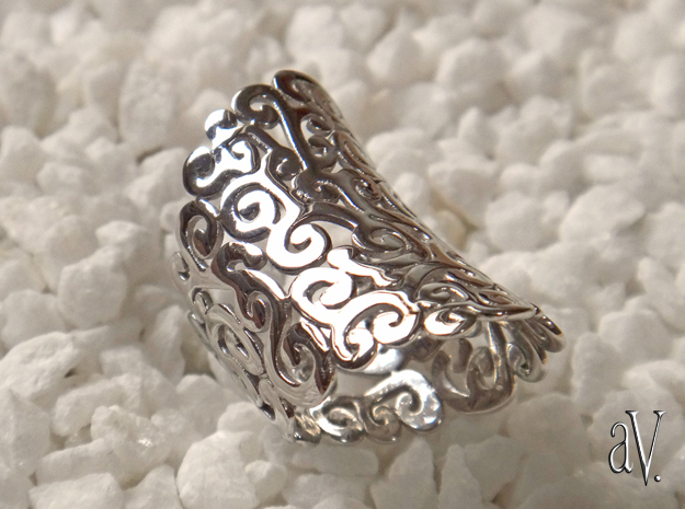 Ornate Ring in Rhodium Plated Brass: 5 / 49