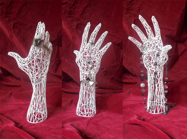 Wireframe hand - Jewelry Display Model in White Natural Versatile Plastic